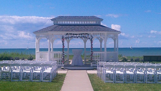 Lakefront Weddings